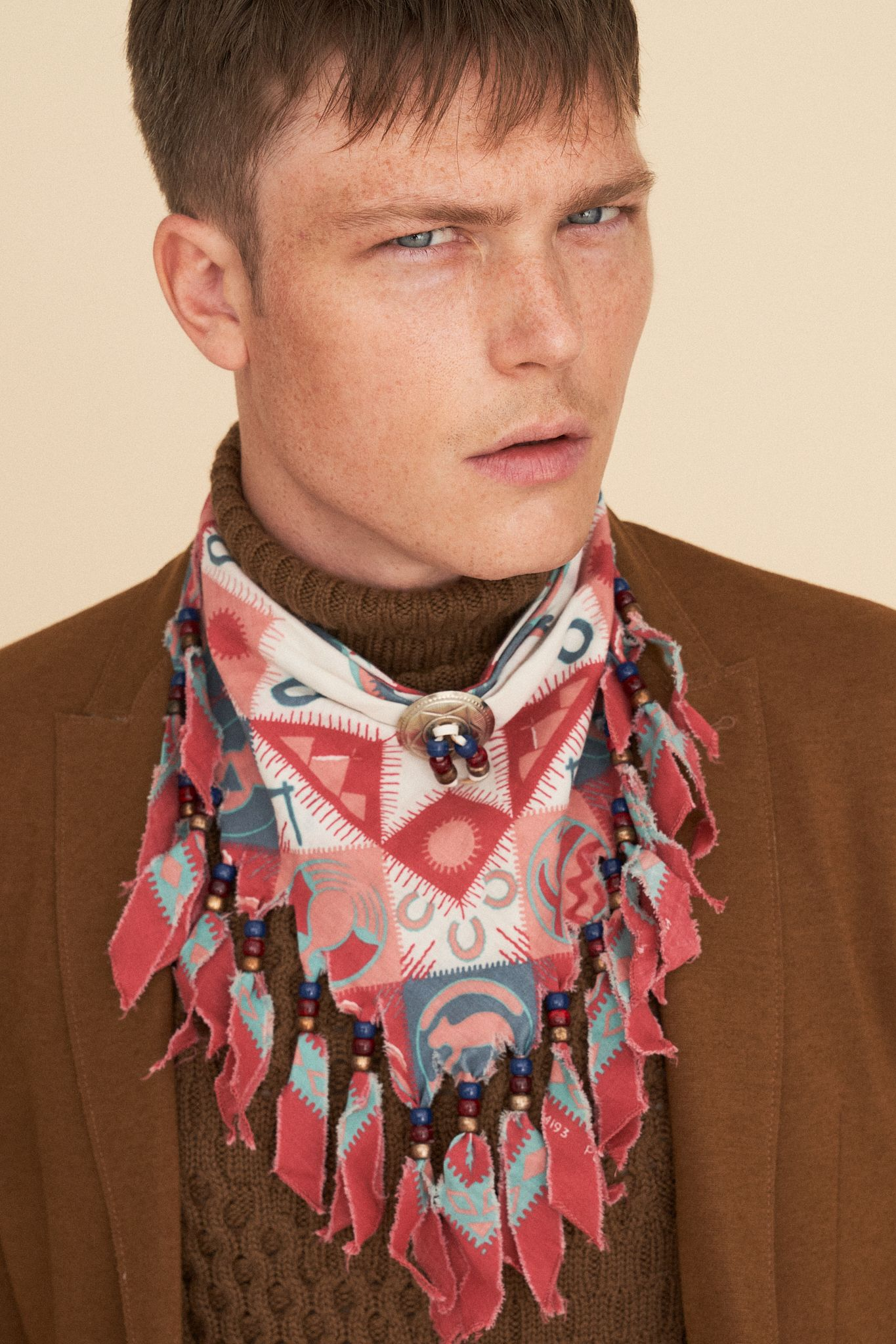 Editorial on Man in Town  - Pic. 6