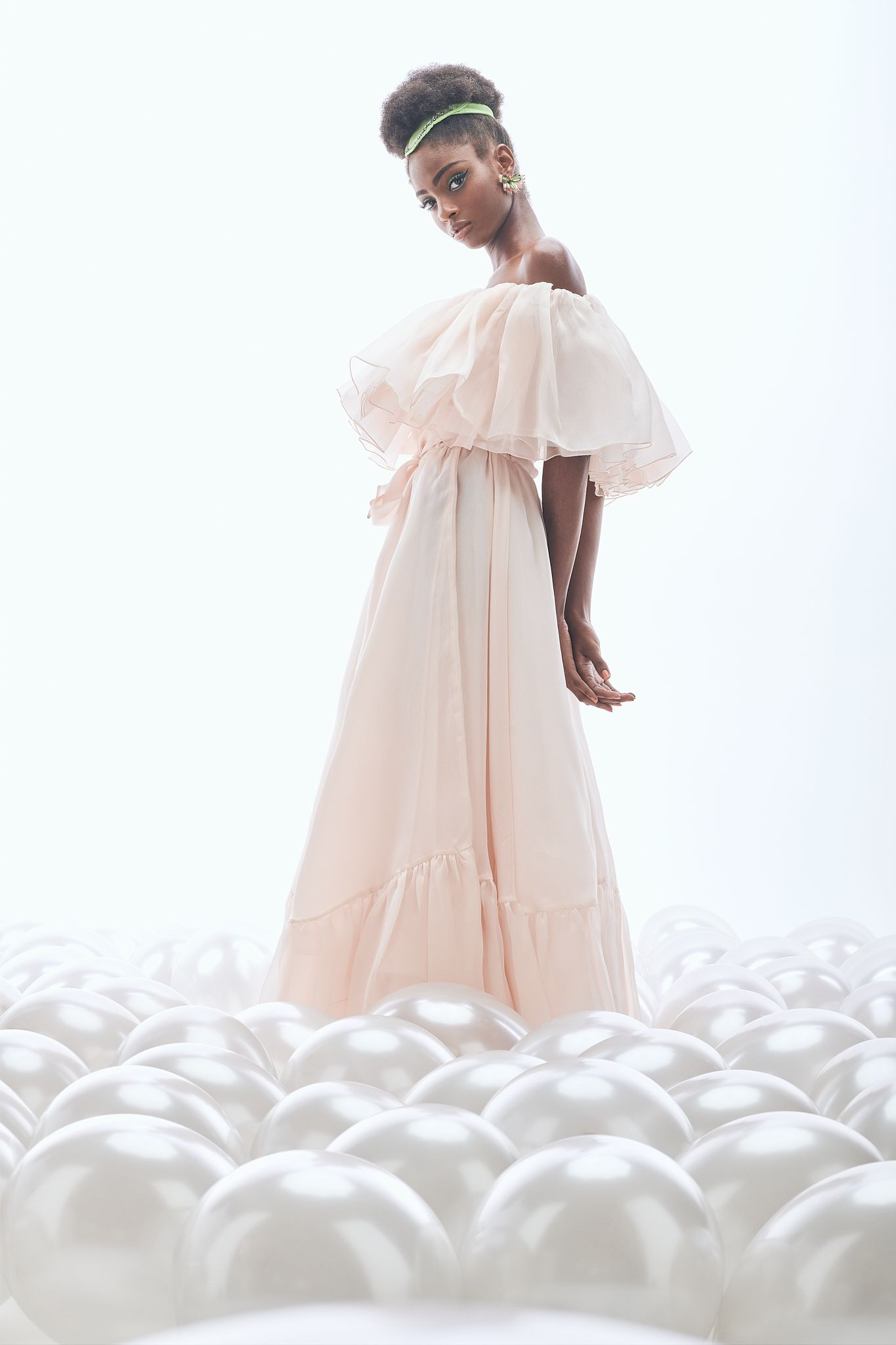 Editorial -Dreaming of couture-  Lucys Magazine  - Pic. 8
