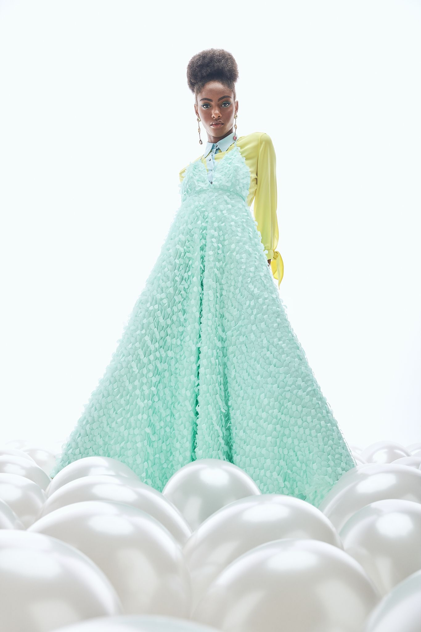 Editorial -Dreaming of couture-  Lucys Magazine  - Pic. 10