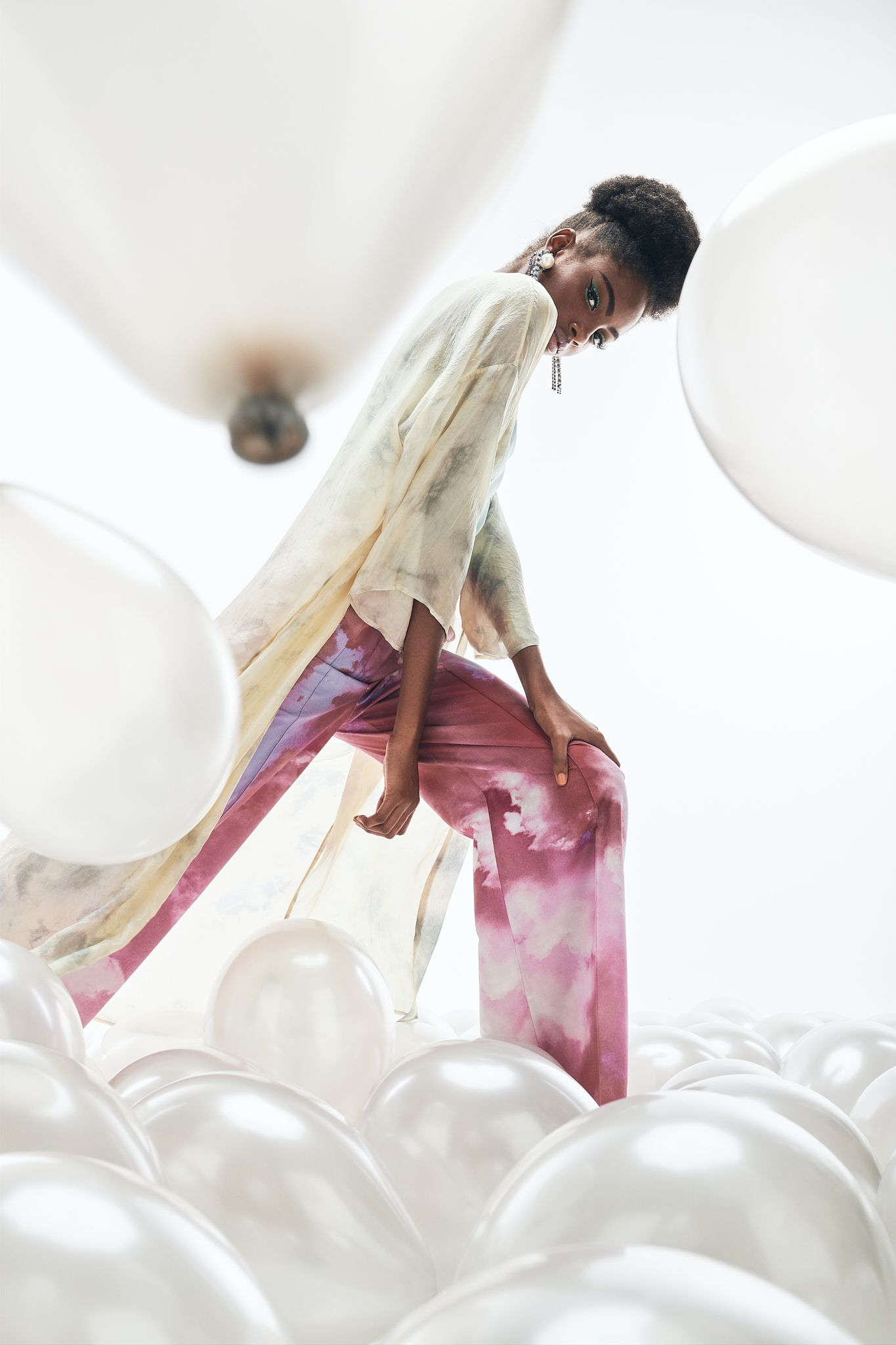 Editorial -Dreaming of couture-  Lucys Magazine  - Pic. 1